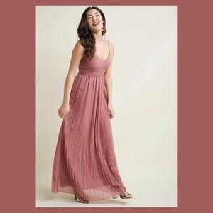 M   ModCloth Maxi Dress mauve / bridesmaid dress